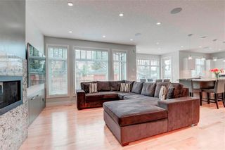 Photo 9: 2704 LIONEL Crescent SW in Calgary: Lakeview Detached for sale : MLS®# C4297137