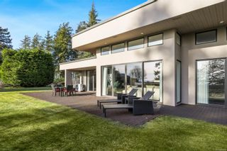 Photo 45: 104 Sandcliff Dr in : CV Comox Peninsula House for sale (Comox Valley)  : MLS®# 868998