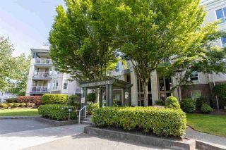 "Photo 4: 405 20200 54A Avenue in Langley: Langley City Condo for sale in ""Monterey Grande"" : MLS®# R2583766"
