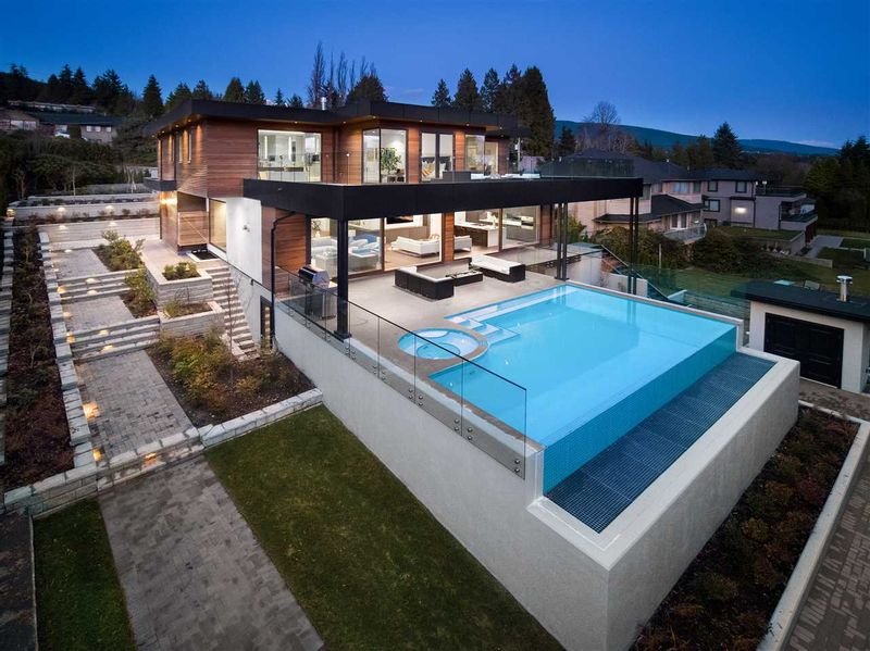 FEATURED LISTING: 1040 WILDWOOD Lane West Vancouver