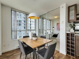 """Photo 6: 902 1495 RICHARDS Street in Vancouver: Yaletown Condo for sale in """"AZURA II"""" (Vancouver West)  : MLS®# R2570710"""