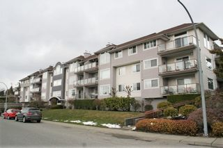 "Photo 2: 305 33599 2ND Avenue in Mission: Mission BC Condo for sale in ""Stave Lake Landing"" : MLS®# R2243401"