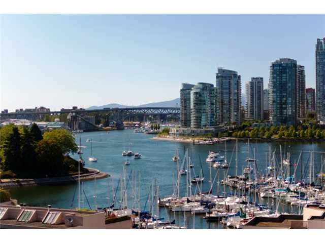 """Main Photo: 1006 522 MOBERLY Road in Vancouver: False Creek Condo for sale in """"DISCOVERY QUAY"""" (Vancouver West)  : MLS®# V845207"""