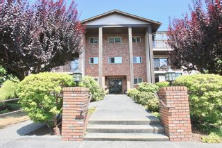 Photo 3: 210 32910 Amicus Place in Abbotsford: Central Abbotsford Condo for sale