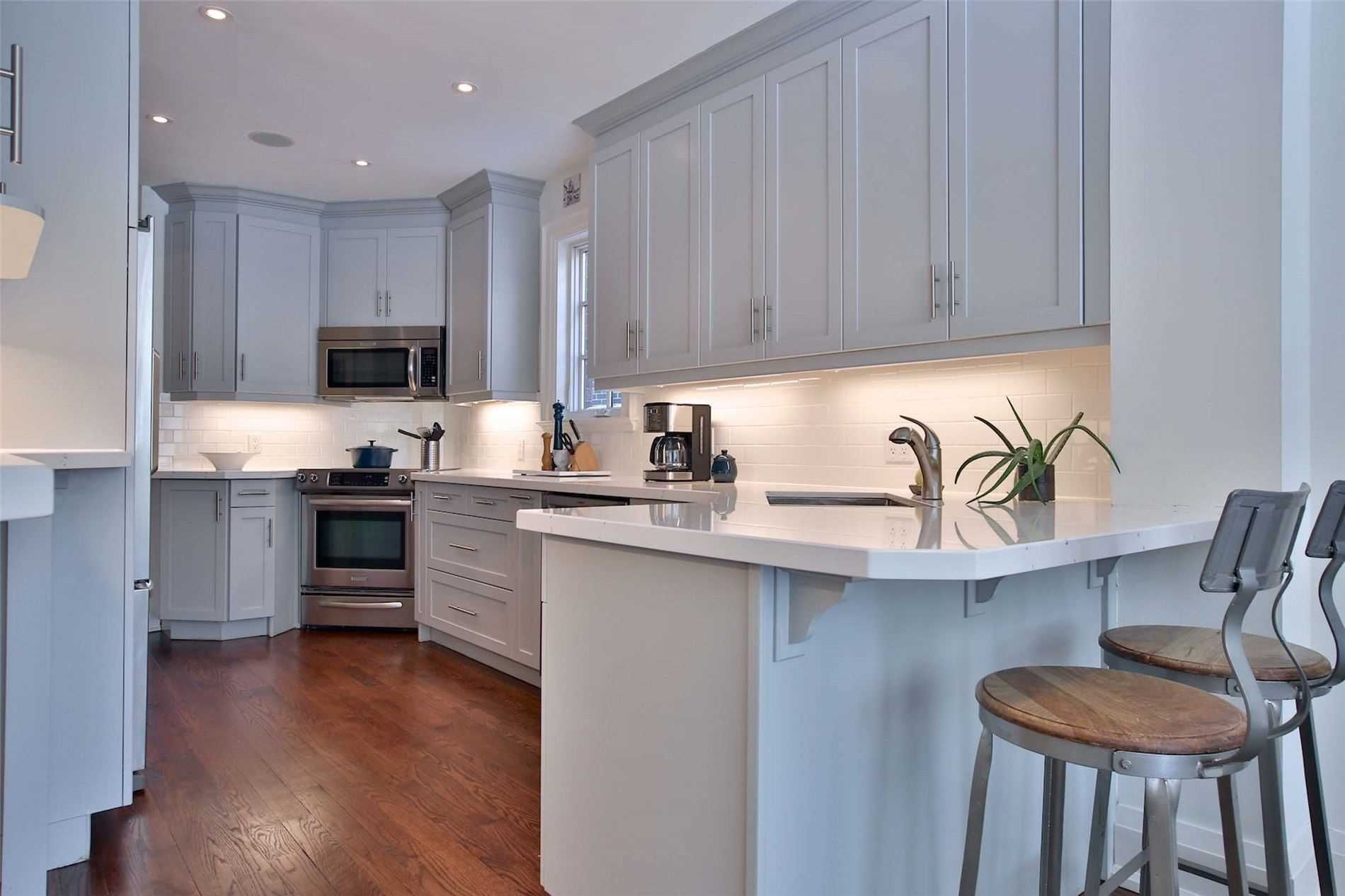 Photo 8: Photos: 181 W Glengrove Avenue in Toronto: Lawrence Park South House (2-Storey) for sale (Toronto C04)  : MLS®# C4633543