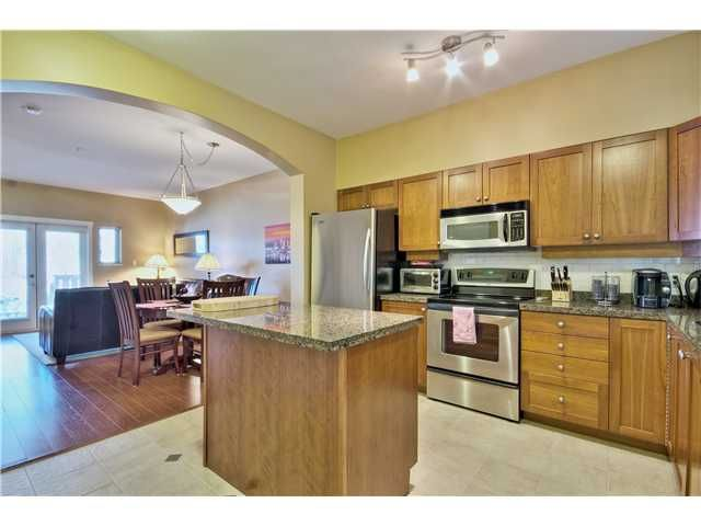 """Main Photo: 114 675 PARK Crescent in New Westminster: GlenBrooke North Townhouse for sale in """"WINCHESTER"""" : MLS®# V1051664"""