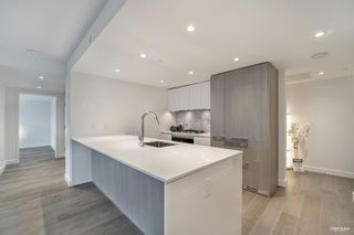 """Photo 6: 2210 1111 RICHARDS Street in Vancouver: Downtown VW Condo for sale in """"8X ON THE PARK"""" (Vancouver West)  : MLS®# R2620685"""