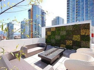 """Photo 16: 1908 161 W GEORGIA Street in Vancouver: Downtown VW Condo for sale in """"COSMO"""" (Vancouver West)  : MLS®# R2048438"""