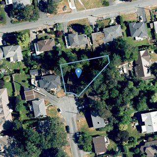 Photo 37: 3953 Margot Pl in Saanich: SE Maplewood House for sale (Saanich East)  : MLS®# 856689