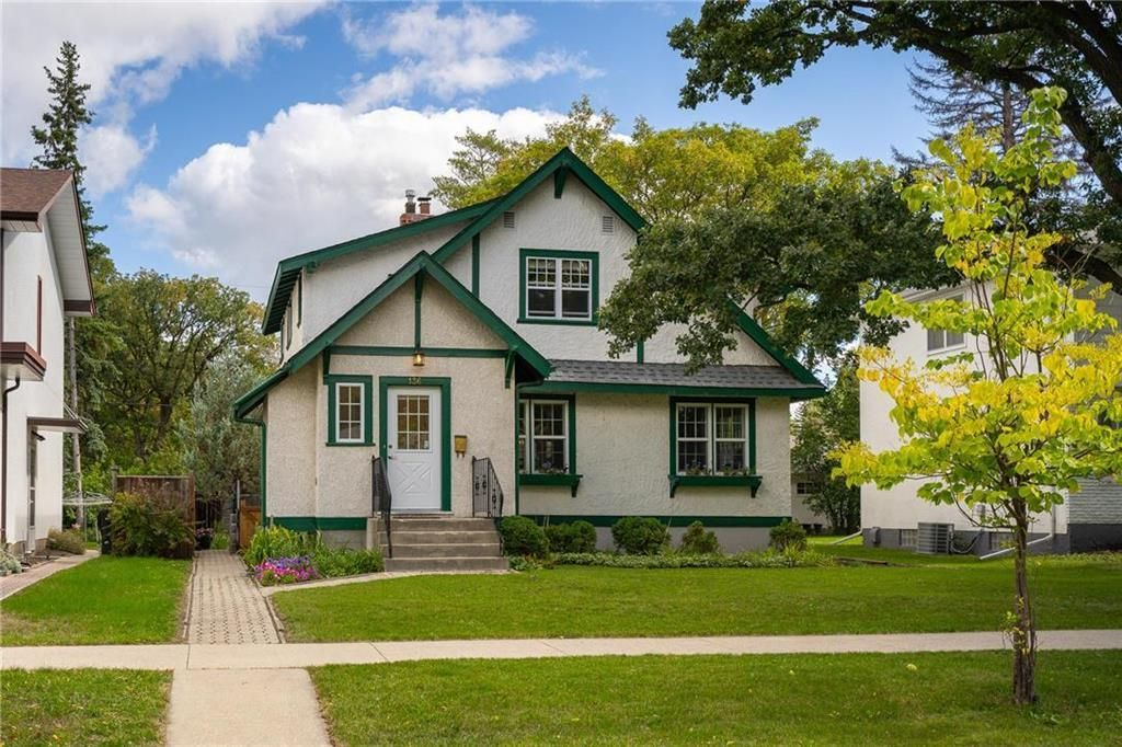 Main Photo: 136 Buxton Road in Winnipeg: House for sale : MLS®# 202122624