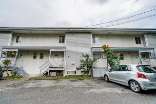 Photo 3: 7 33915 MAYFAIR Avenue in Abbotsford: Central Abbotsford Townhouse for sale : MLS®# R2622415