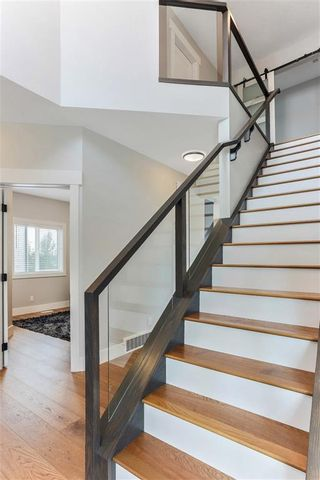 Photo 19: 741 WENTWORTH Place SW in Calgary: West Springs Detached for sale : MLS®# C4197445