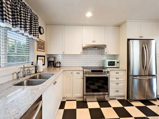 Photo 14: 103 1060 Southgate St in Victoria: Vi Fairfield West Condo for sale : MLS®# 844244