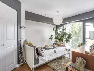 """Photo 12: 404 1562 W 5TH Avenue in Vancouver: False Creek Condo for sale in """"GRYPHON COURT"""" (Vancouver West)  : MLS®# R2211506"""