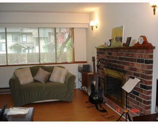 Photo 5: 3163 SUNNYHURST Road in North_Vancouver: Lynn Valley House for sale (North Vancouver)  : MLS®# V766609