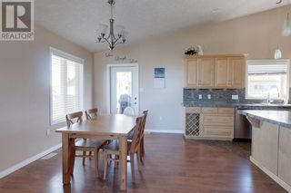 Photo 8: 1117 9 ave  SE in Slave Lake: House for sale : MLS®# A1119439