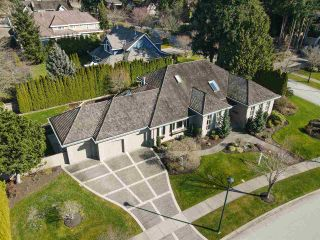 Photo 38: 2318 CHANTRELL PARK Drive in Surrey: Elgin Chantrell House for sale (South Surrey White Rock)  : MLS®# R2558616