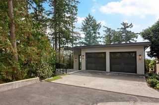 """Photo 1: 14230 WHEATLEY Avenue: White Rock House for sale in """"West Side White Rock Beaches"""" (South Surrey White Rock)  : MLS®# R2607869"""