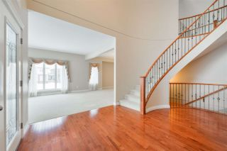 Photo 23: 1197 HOLLANDS Way in Edmonton: Zone 14 House for sale : MLS®# E4221432