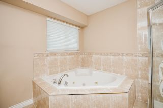 Photo 18: 8250 167A Street in Surrey: Fleetwood Tynehead House for sale : MLS®# R2579224