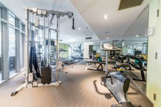 """Photo 4: 705 1001 HOMER Street in Vancouver: Yaletown Condo for sale in """"BENTLEY"""" (Vancouver West)  : MLS®# R2312104"""