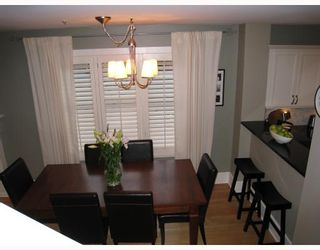 Photo 3: 329 W 15TH Avenue in Vancouver: Mount Pleasant VW Townhouse for sale (Vancouver West)  : MLS®# V813651