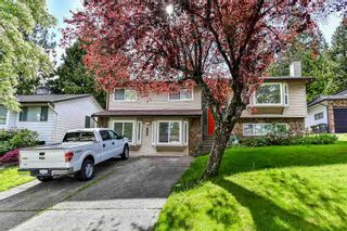 Photo 1: 5807 170A Street in Surrey: Cloverdale BC House for sale (Cloverdale)  : MLS®# R2168653