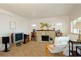"""Photo 3: 2840 TRIUMPH Street in Vancouver: Hastings East House for sale in """"Hastings Sunrise"""" (Vancouver East)  : MLS®# V1033921"""