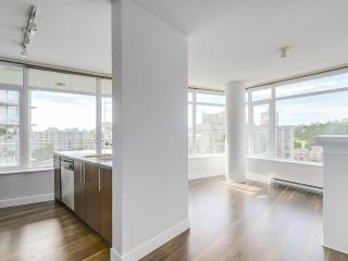 """Photo 6: 1908 892 CARNARVON Street in New Westminster: Downtown NW Condo for sale in """"AZURE 2"""" : MLS®# R2191316"""