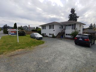 Photo 1: 6778 CENTRAL SAANICH RD (Off) Rd in Victoria: House for sale (Central Saanich)