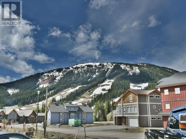Photo 9: Photos: 103 - 161 CLEARVIEW CRES in Penticton: House for sale : MLS®# 165008