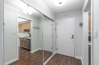 """Photo 3: 315 3080 LONSDALE Avenue in North Vancouver: Upper Lonsdale Condo for sale in """"Kingsview Manor"""" : MLS®# R2553100"""