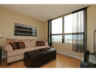 """Photo 2: 2101 3663 CROWLEY Drive in Vancouver: Collingwood VE Condo for sale in """"LATITUDE"""" (Vancouver East)  : MLS®# V867621"""