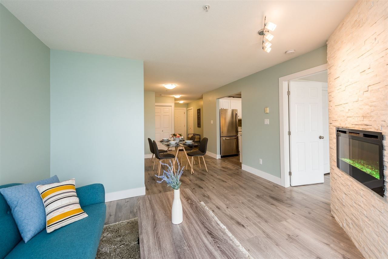 """Main Photo: 211 5818 LINCOLN Street in Vancouver: Killarney VE Condo for sale in """"Lincoln Place"""" (Vancouver East)  : MLS®# R2305994"""