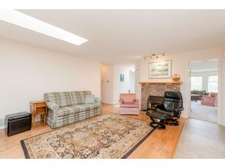Photo 9: 1493 160A Street in White Rock: King George Corridor House for sale (South Surrey White Rock)  : MLS®# R2370241