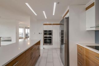Photo 8: 2101 1088 6 Avenue SW in Calgary: Downtown West End Apartment for sale : MLS®# A1102804