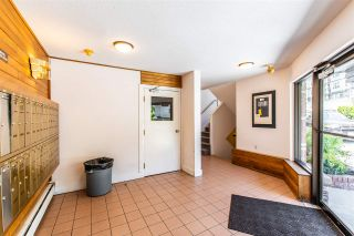"""Photo 3: 313 2551 WILLOW Lane in Abbotsford: Abbotsford East Condo for sale in """"Valley View Manor"""" : MLS®# R2459812"""