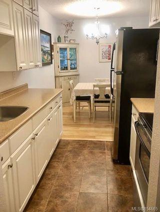 Photo 34: 120 3225 Eldon Pl in : SW Rudd Park Condo for sale (Saanich West)  : MLS®# 854665