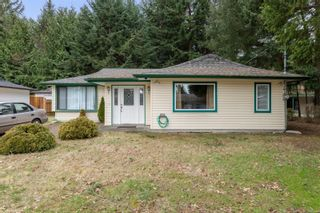 Photo 1: 6425 Portsmouth Rd in Nanaimo: Na North Nanaimo House for sale : MLS®# 869394