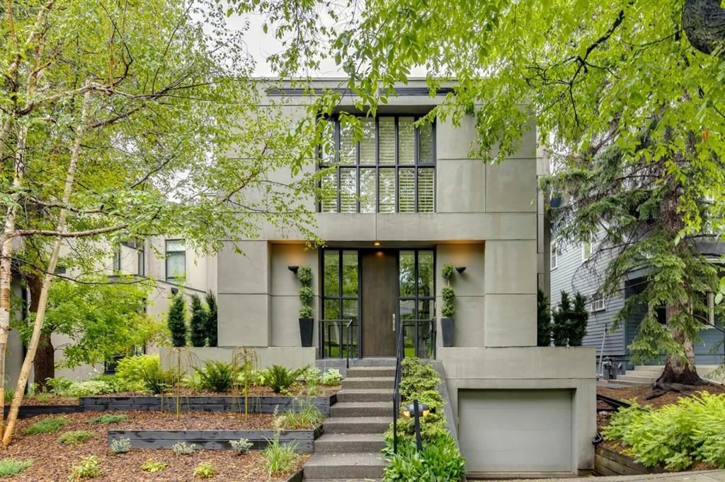Main Photo: 1333 Montreal Avenue SW in Calgary: Upper Mount Royal Detached for sale : MLS®# A1123783