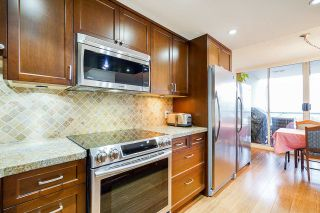 """Photo 9: 1606 1065 QUAYSIDE Drive in New Westminster: Quay Condo for sale in """"Quayside Tower II"""" : MLS®# R2539585"""