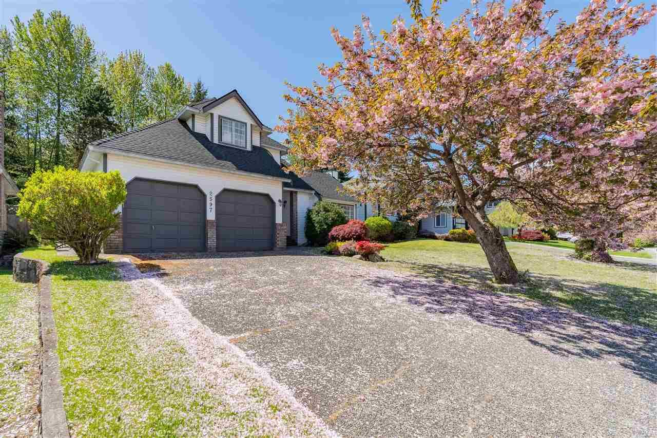 Main Photo: 2597 TEMPE KNOLL Drive in North Vancouver: Tempe House for sale : MLS®# R2578732