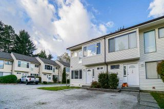 """Photo 3: 11 9342 128 Street in Surrey: Queen Mary Park Surrey Townhouse for sale in """"Surrey Meadows"""" : MLS®# R2513633"""