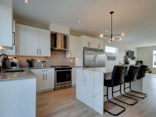 Photo 12: 2379 Azurite Cres in : La Bear Mountain House for sale (Langford)  : MLS®# 881405