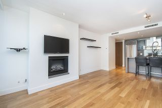 """Photo 13: 2804 1111 ALBERNI Street in Vancouver: West End VW Condo for sale in """"SHANGRI-LA"""" (Vancouver West)  : MLS®# R2514908"""