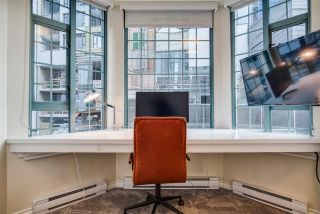 "Photo 20: 281 SMITHE Street in Vancouver: Downtown VW Townhouse for sale in ""ROSEDALE GARDENS"" (Vancouver West)  : MLS®# R2545316"