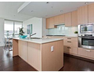 Photo 5: # 307 1675 W 8TH AV in Vancouver: Condo for sale : MLS®# V847637