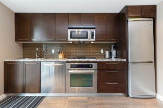 "Photo 4: 801 918 COOPERAGE Way in Vancouver: Yaletown Condo for sale in ""THE MARINER"" (Vancouver West)  : MLS®# R2276404"