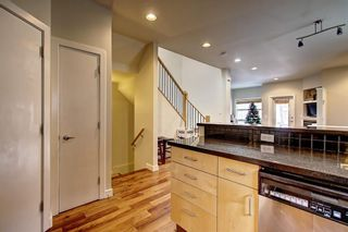 Photo 14: 1 2435 29 Street SW in Calgary: Killarney/Glengarry Row/Townhouse for sale : MLS®# A1059155