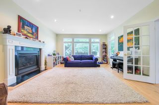 Photo 3: 2995 W 12TH Avenue in Vancouver: Kitsilano House for sale (Vancouver West)  : MLS®# R2610612